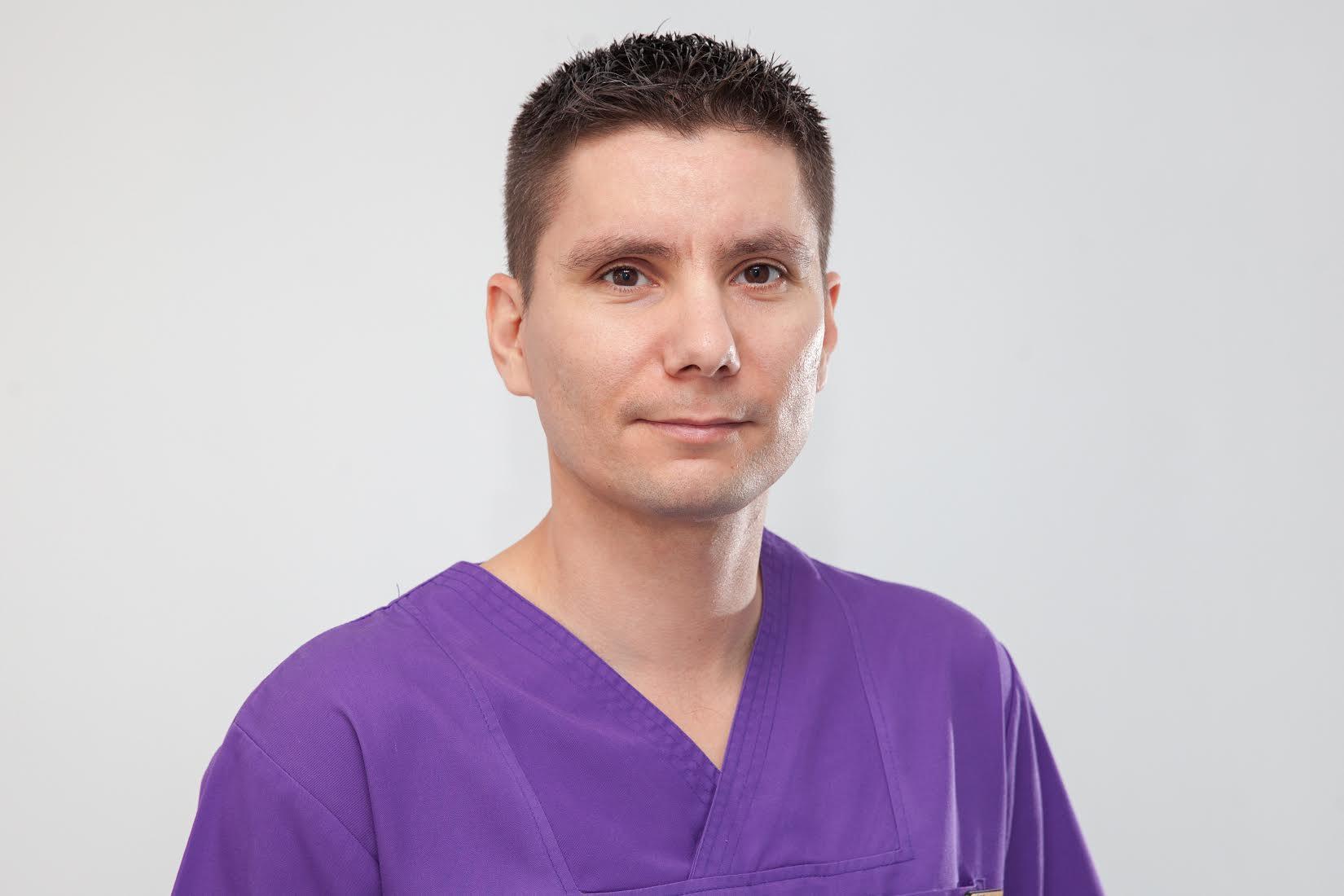Dr. Vitali Movradin, Medic Specialist Chirurgie Orala și Maxilo-Facială