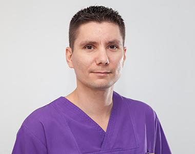 Dr. Movradin Vitali